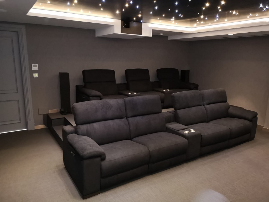 Montar una sala de cine en casa Qué es lo que necesito